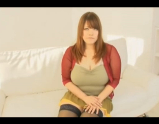 沖縄からav女優になりたくて東京に来た恥ずかしがり屋のデブ