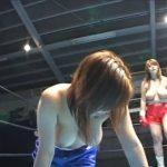 ぽっちゃりデブ娘たちが爆乳丸出しで殴り合うキャットファイトボクシング!